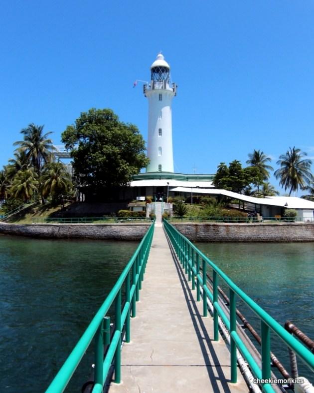 Singapore islands - Pulau Satumu - lighthouse