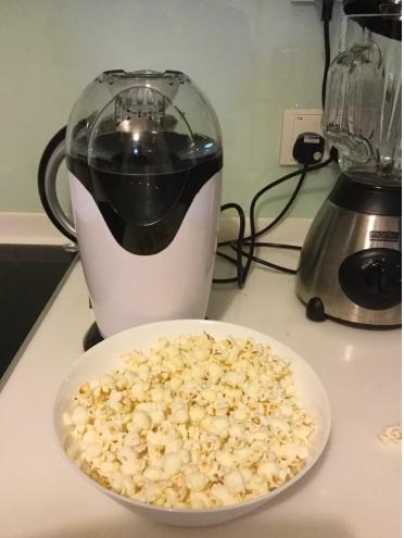 popcorn maker - dorm room ideas