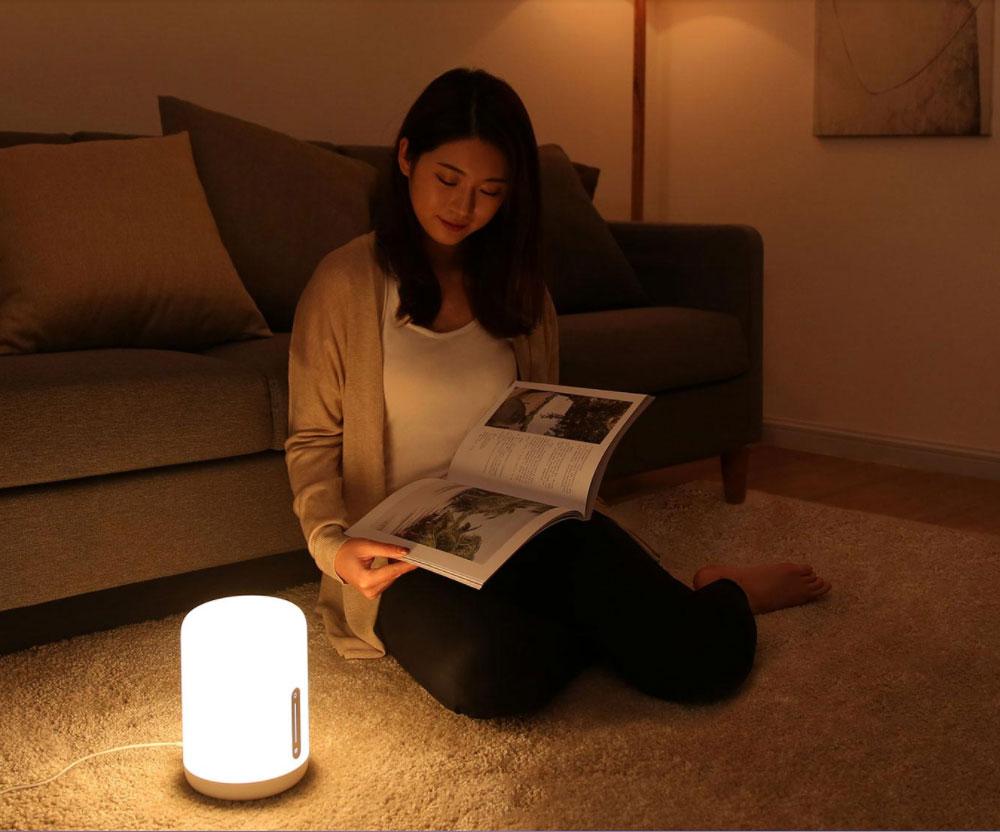 Xiaomi yeelight bedside smart lamp