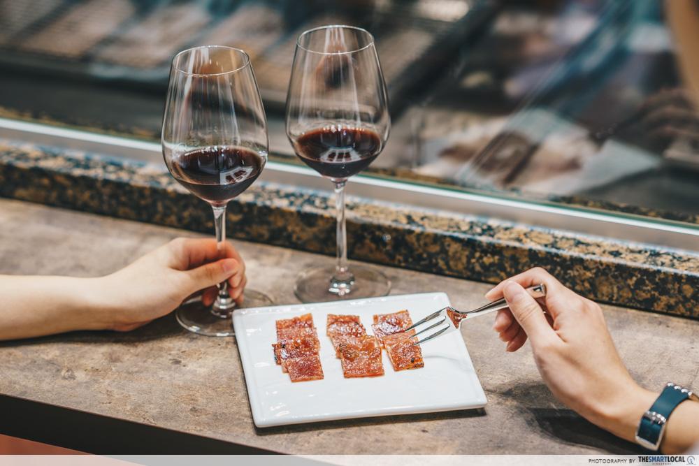 things to do jewel changi - bee cheng hiang bakkwa and wine
