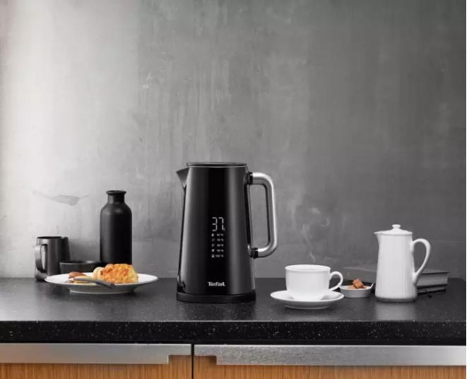 Tefal digital display kettle