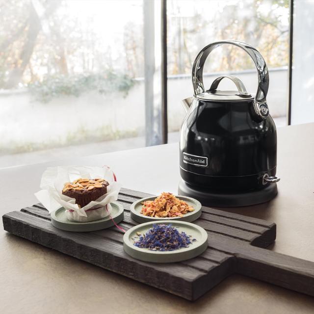 KitchenAid electric kettle black KEK1222 K