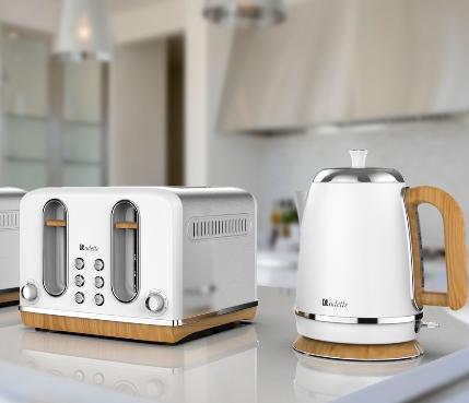 Odette streamline electric kettle