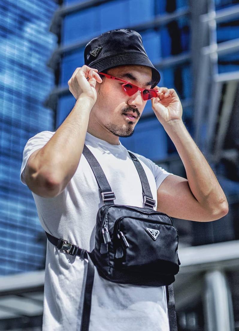Branded good - Prada Harness bag