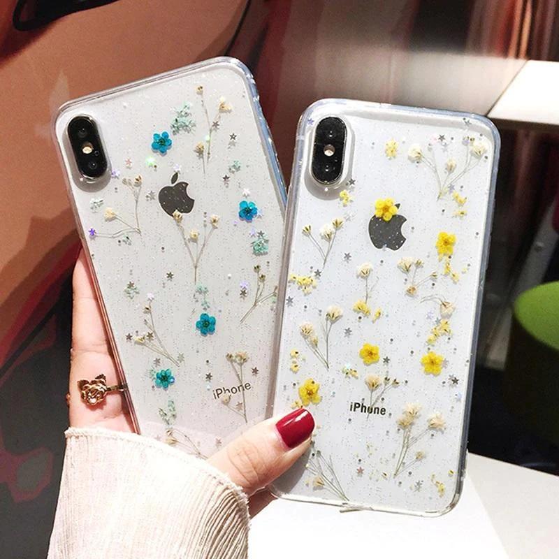 Pressed flower phone cases as side hustle