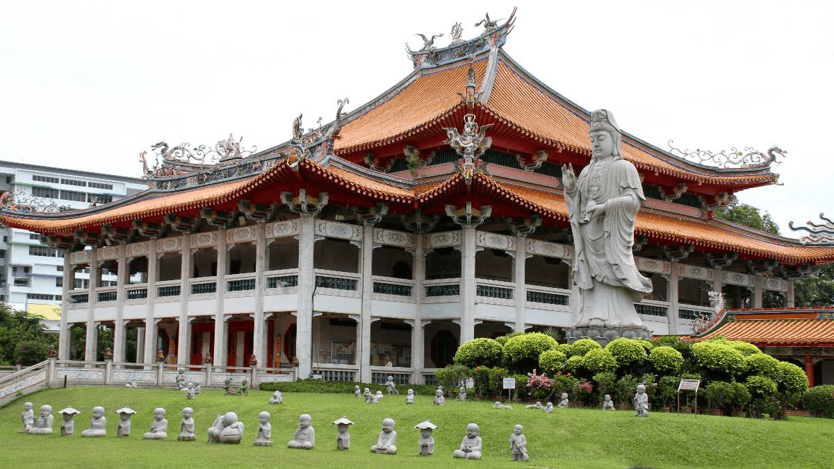Singapore Road Trip Ideas - Bright Hill Temple Buddhist Monastery