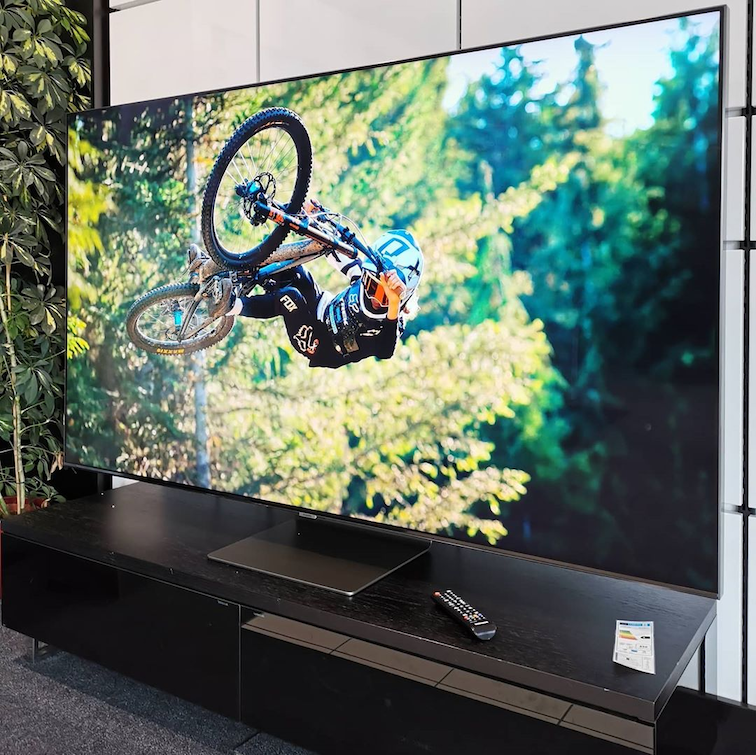 best smart tvs in singapore - the Samsung Q90T has the best contrast.