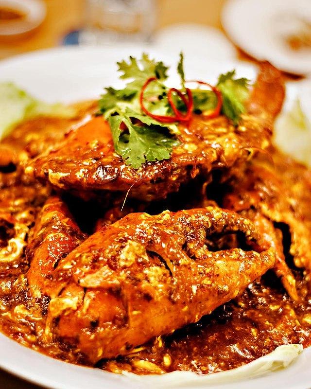 capitol-chijmes-national-day - famous treasure crab