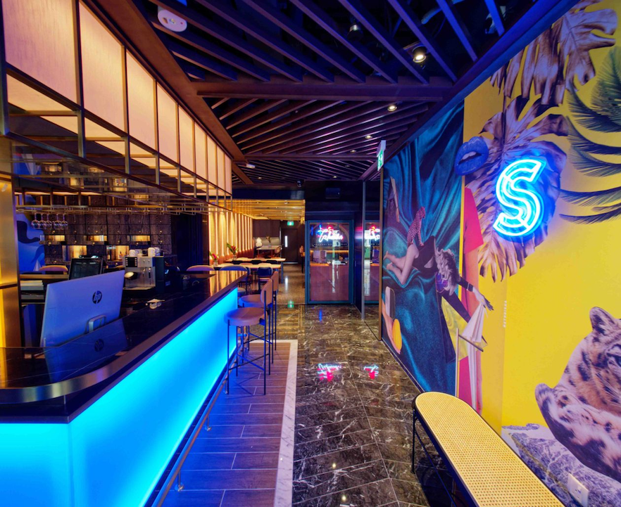cheap hotel singapore 2020 - hotel sohola and its tropical-themed bar area