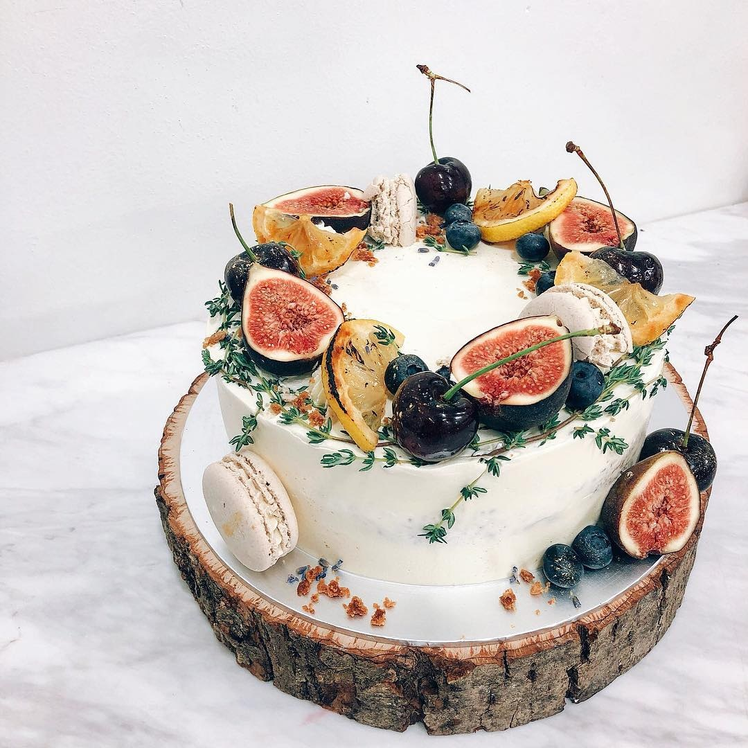 Customised Cakes in Singapore - Bloomsbury Bakers