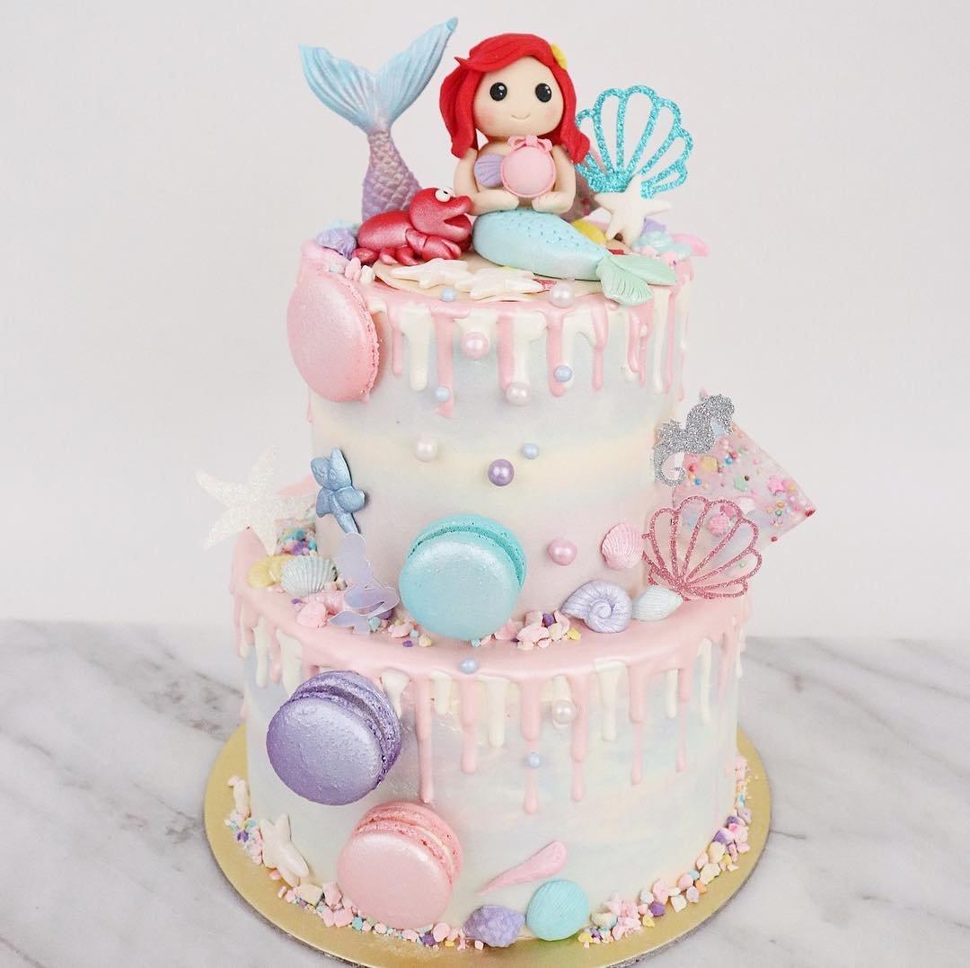 Customised Cakes in Singapore - Creme Maison Bakery