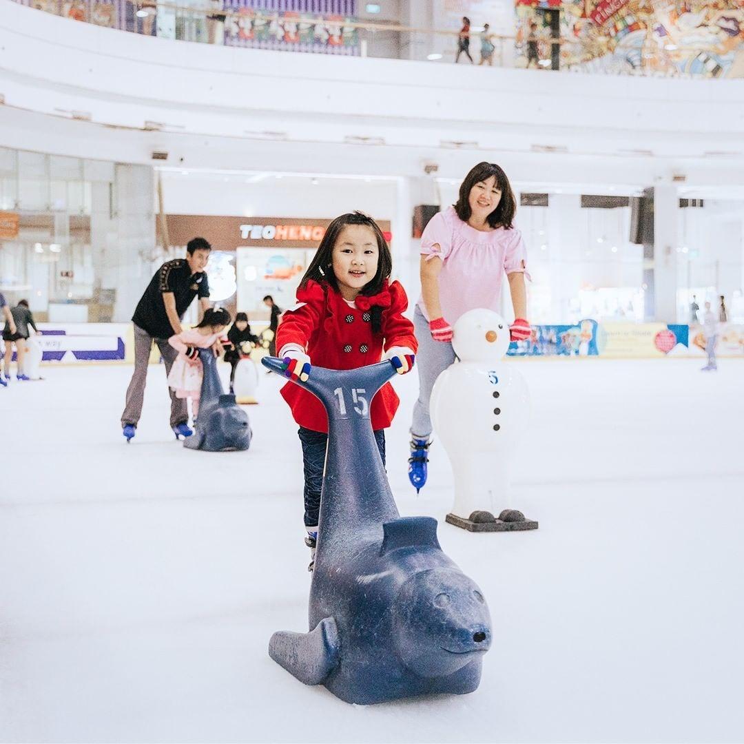 ice skating singapore- The Rink - JCube