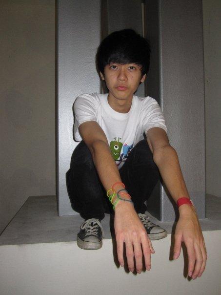 skinny-guy-singapore - emo kid singapore