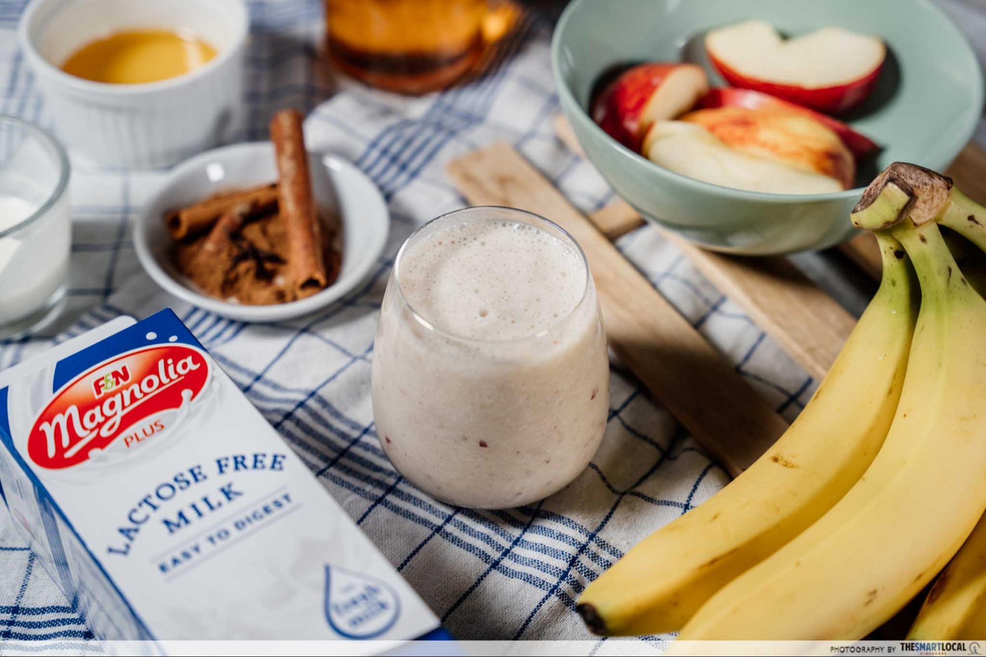 Apple pie smoothie milk recipe