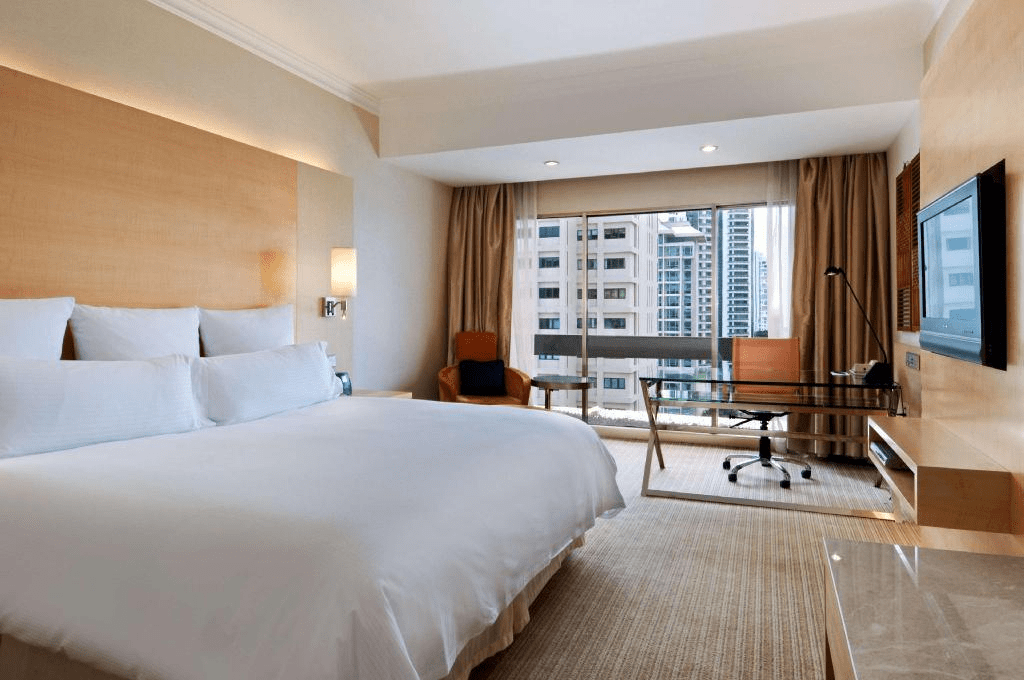 Hilton Hotel Singapore - King Deluxe Room