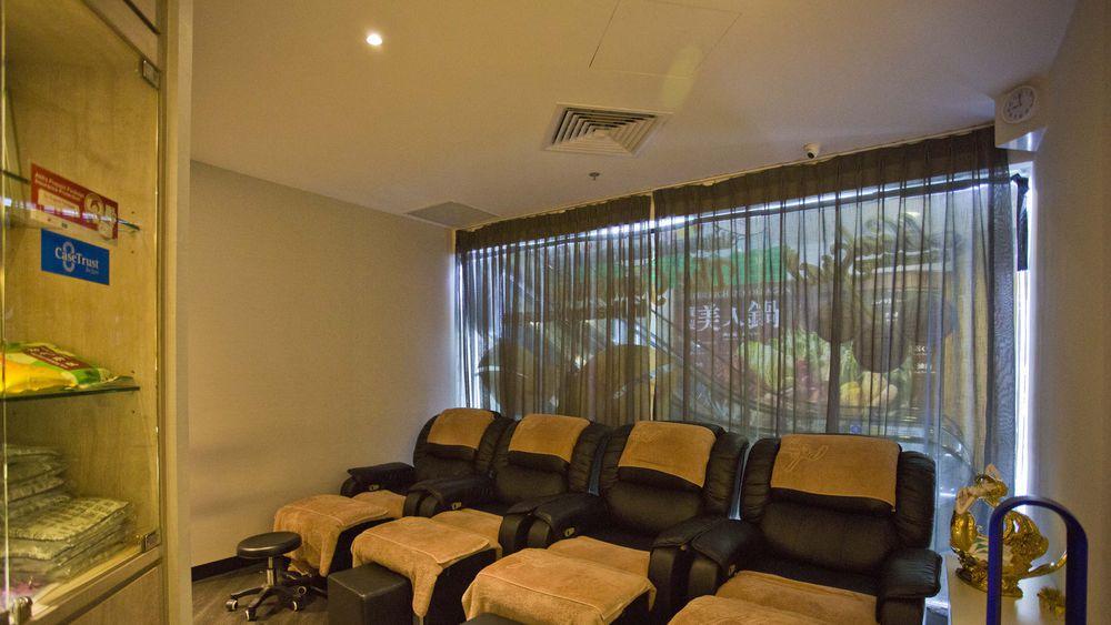 cheap massage singapore - foot reflexology chairs at heal spa