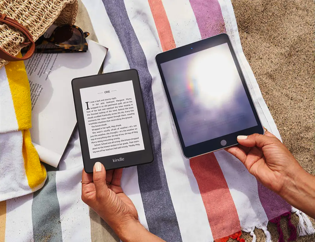 ebook reader singapore - regular tablets can cause glare that ebook readers avoid.