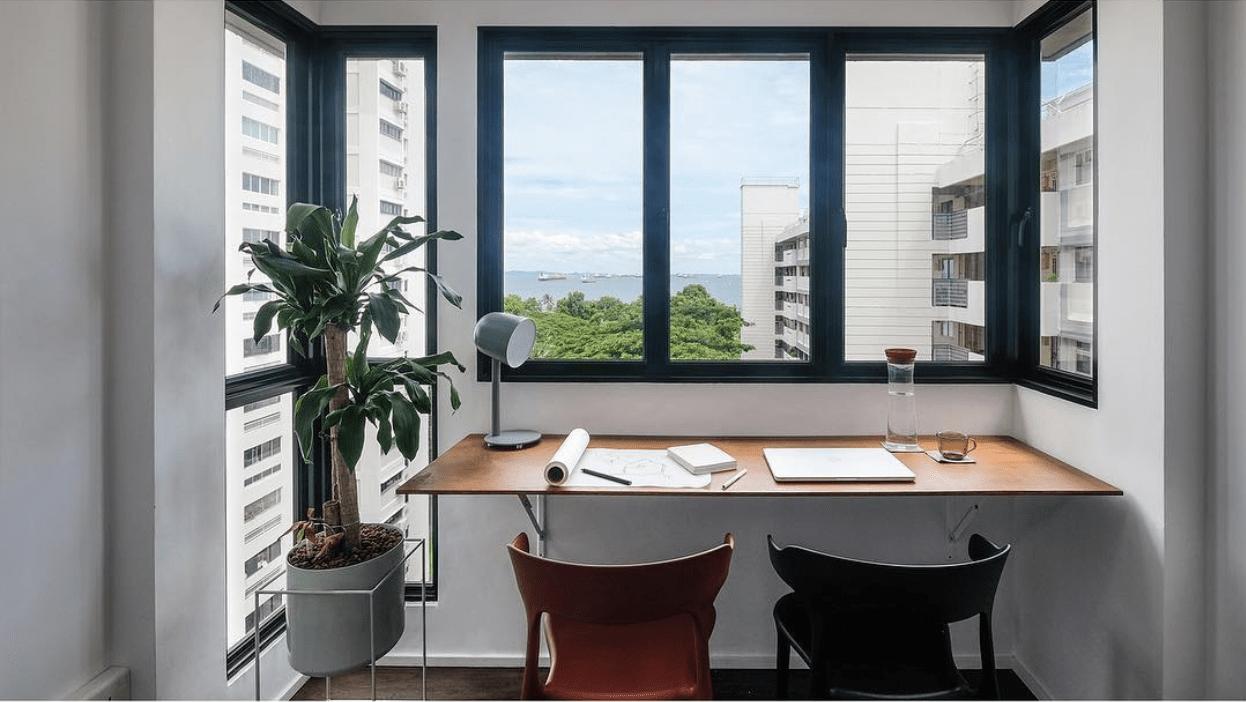 Sunny balcony workstation