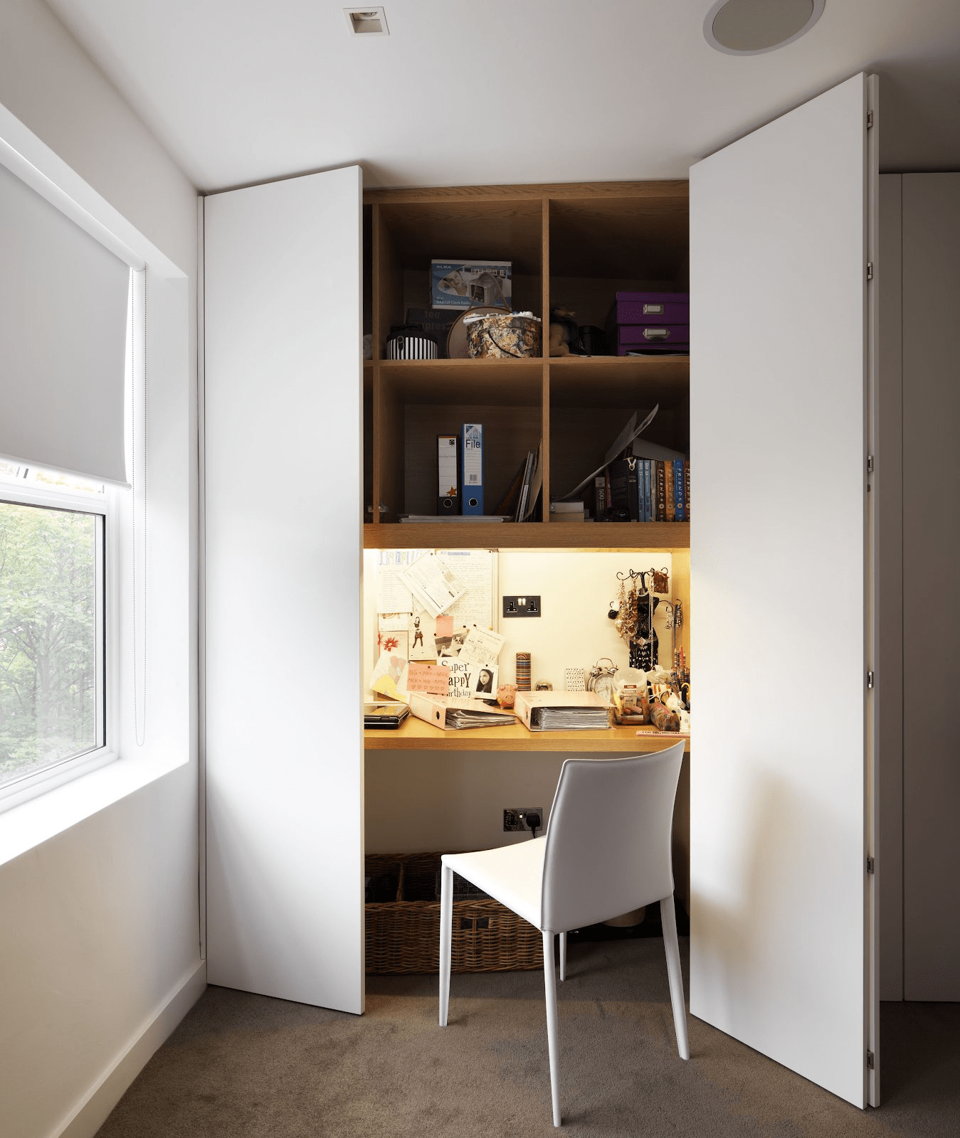 home office ideas - Hidden office-in-a-wardrobe