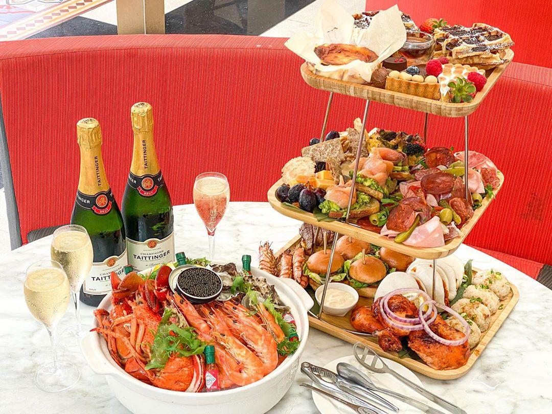 kwee zeen - Sunday Champagne Brunch