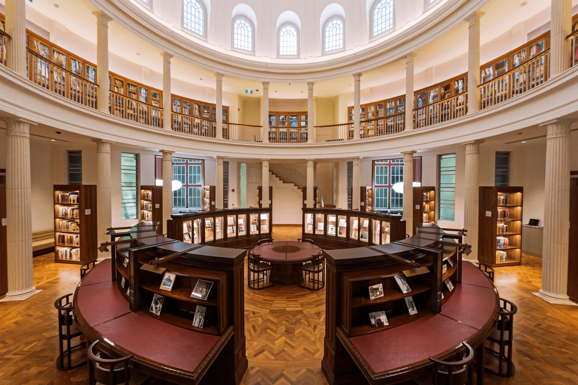 Rotunda Library at national gallery