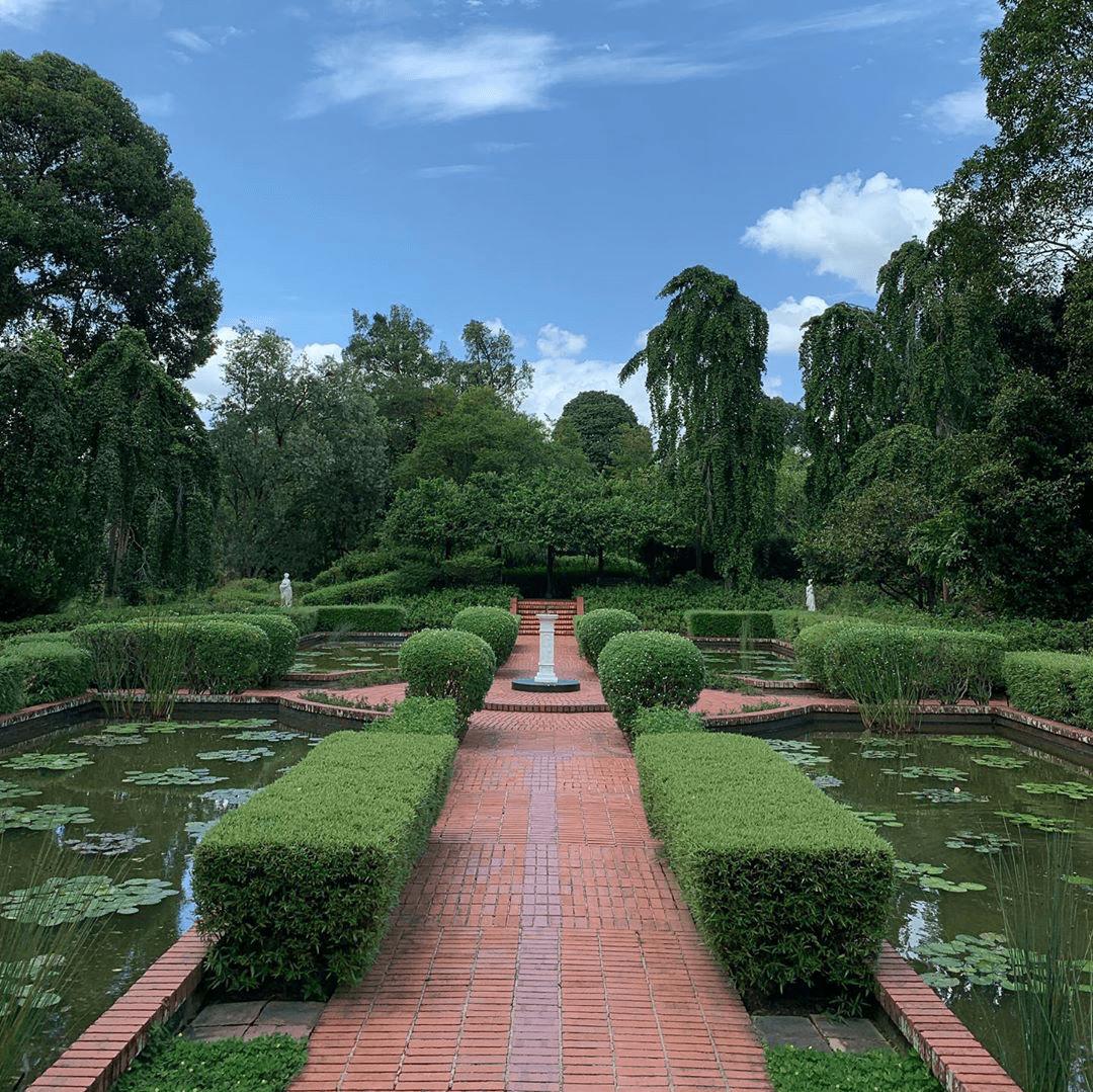 Sundial garden at Singapore Botanic Gardens - Europe things to do