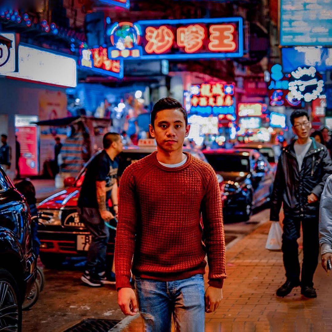 Mong kok street at night