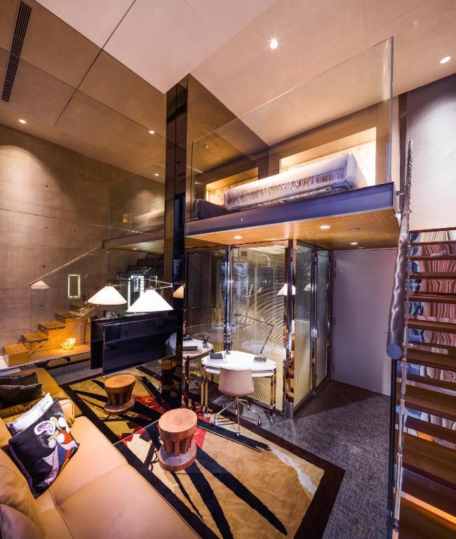 m social loft room