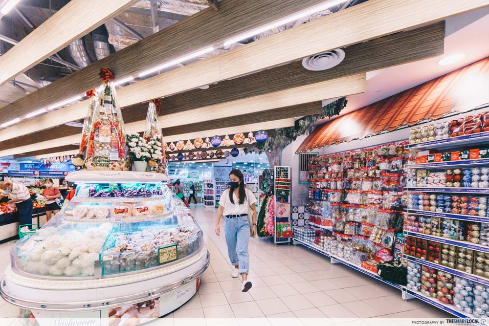 FairPrice Christmas Supermarket