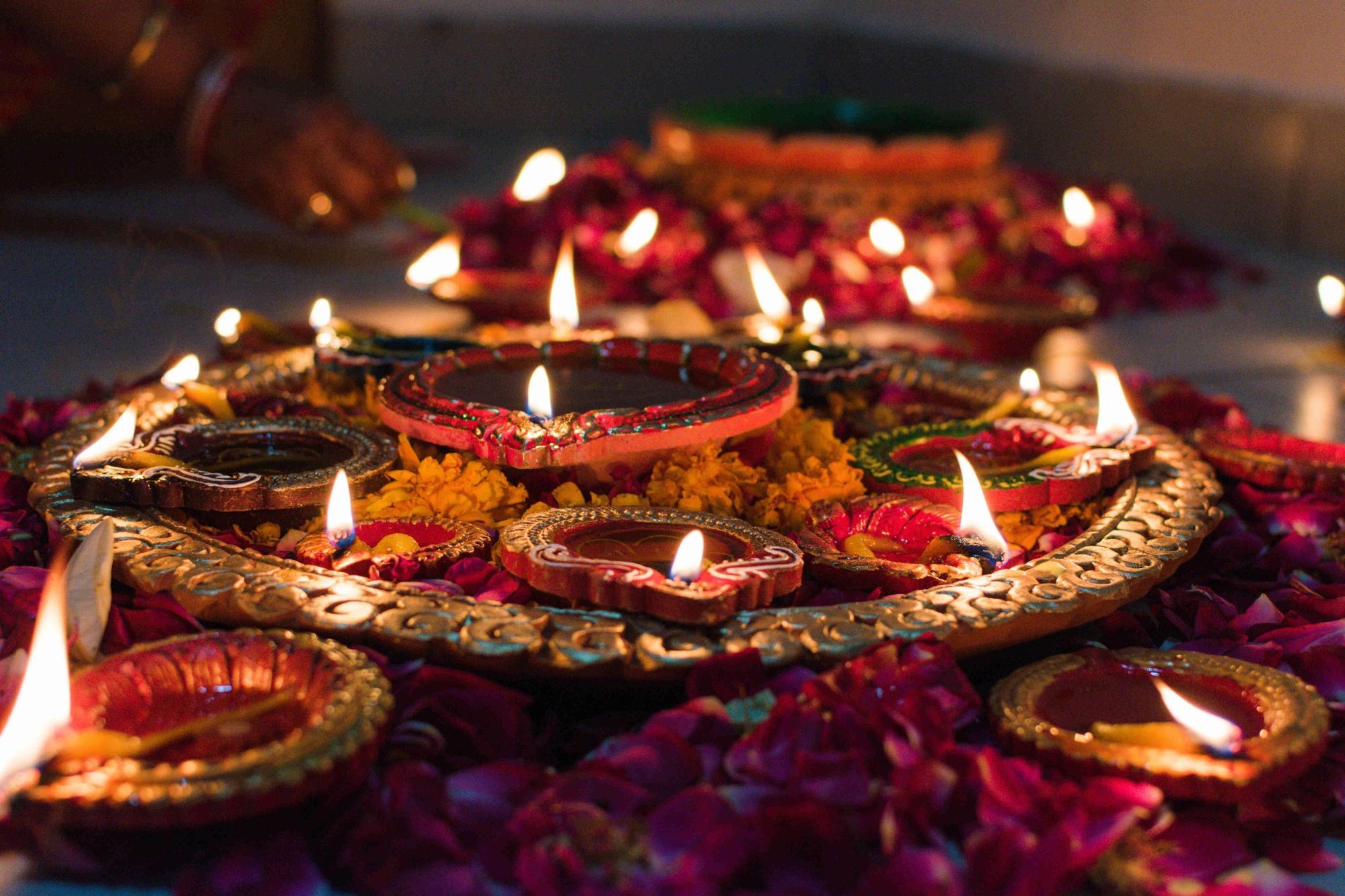 Deepavali Facts Lamps