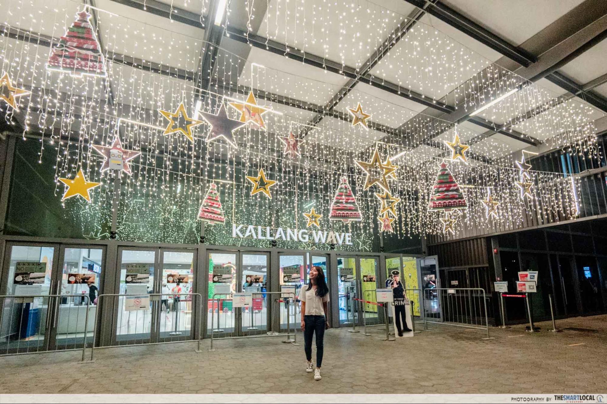 Kallang wave mall christmas 2020