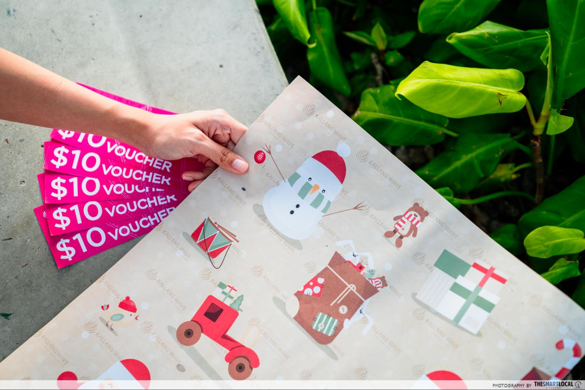 Kallang wave mall christmas 2020 - vouchers and gift wrappers