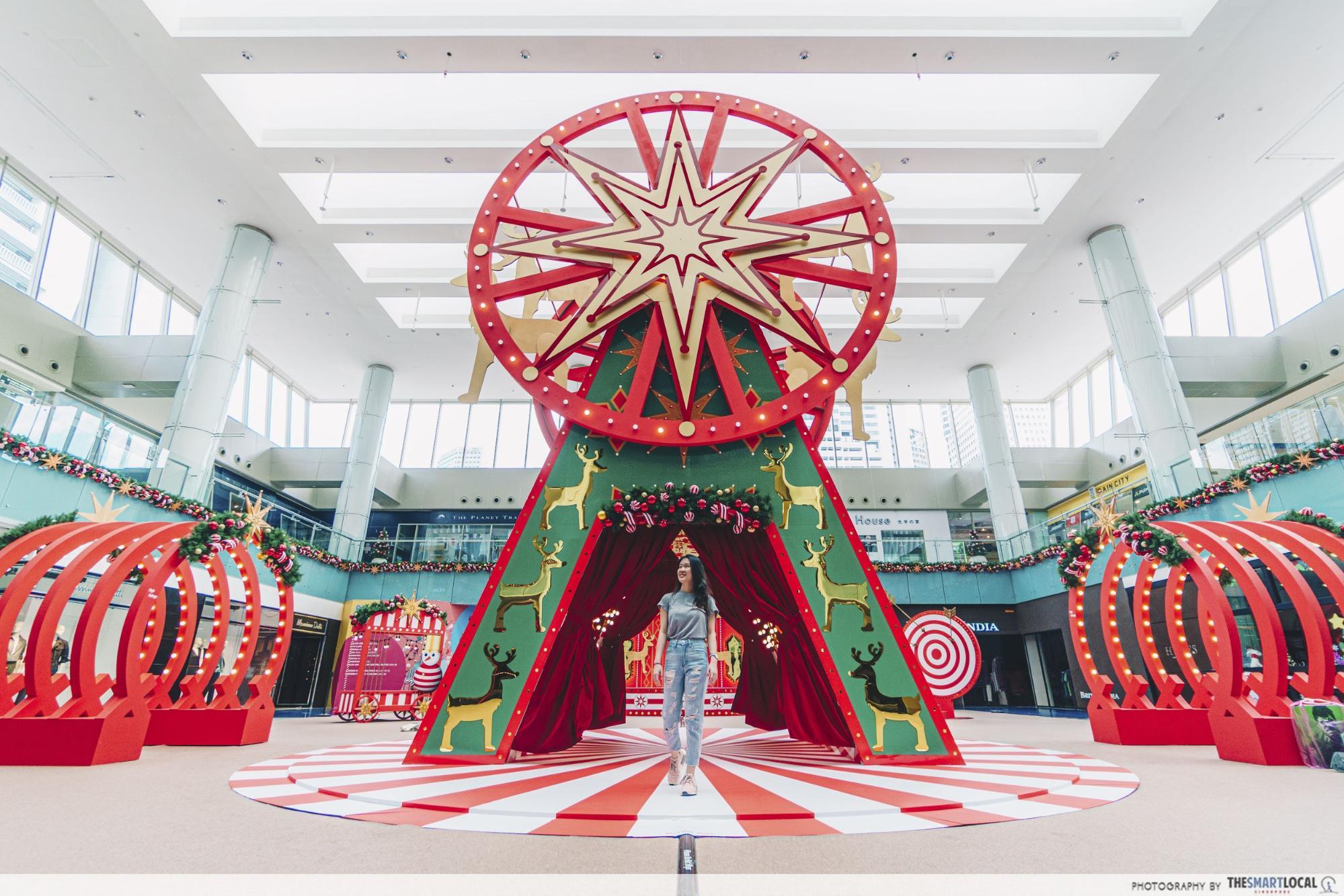 Marina Square Christmas decor
