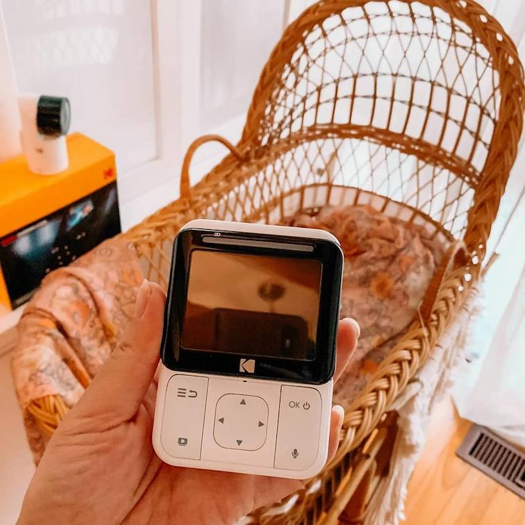 baby monitor singapore - kodak cherish 225 is portable and handheld