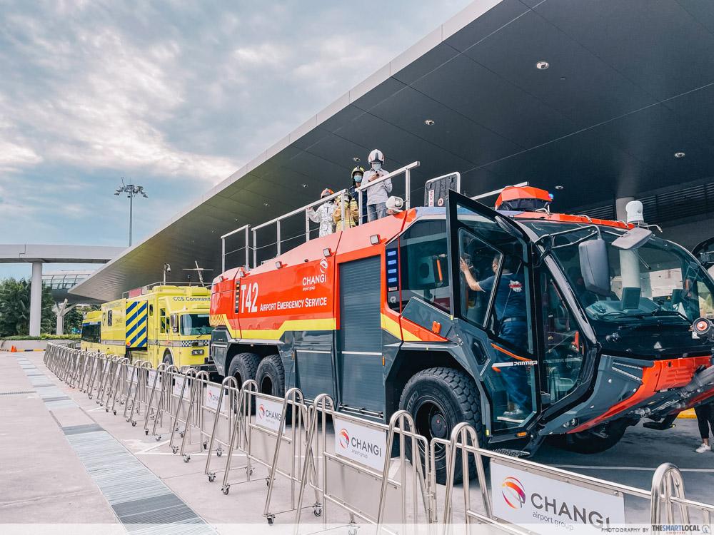 changi festive village - airport emergency service