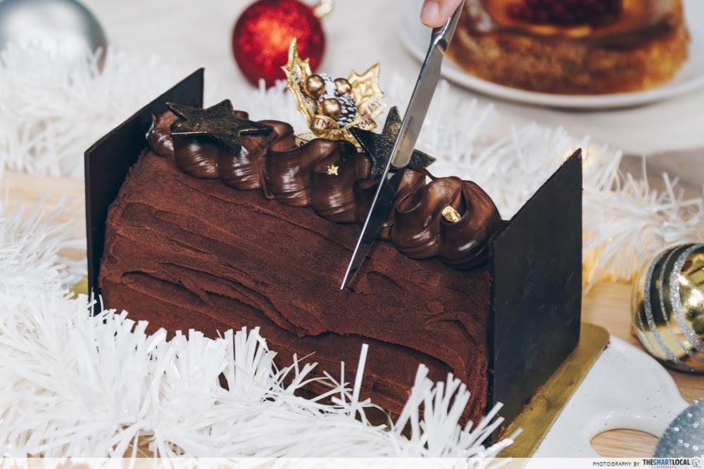 cold storage Swissbake Dark Truffle Log Cake
