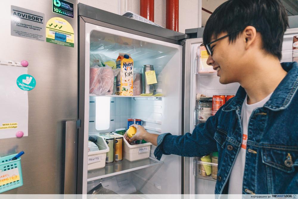 cooking-tips-save-electricity - fridge hacks