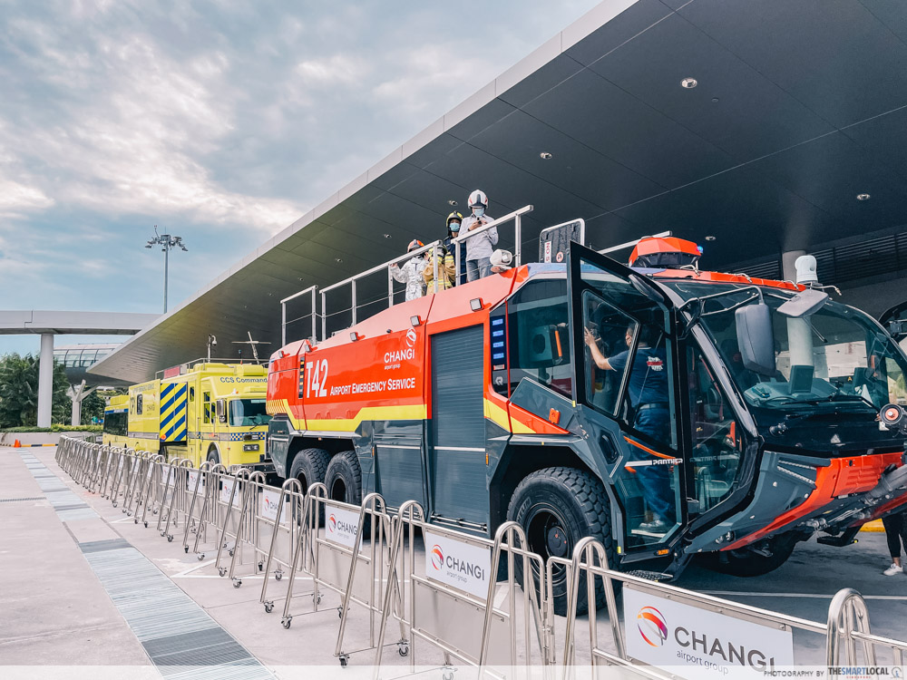 changi festive village - airport emergency service