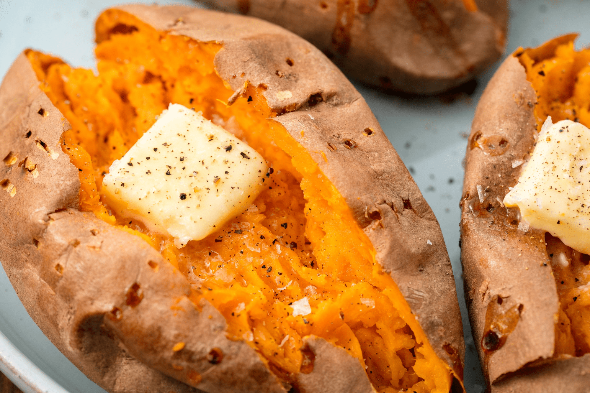 Baked sweet potatoes - healthier to pair with meat