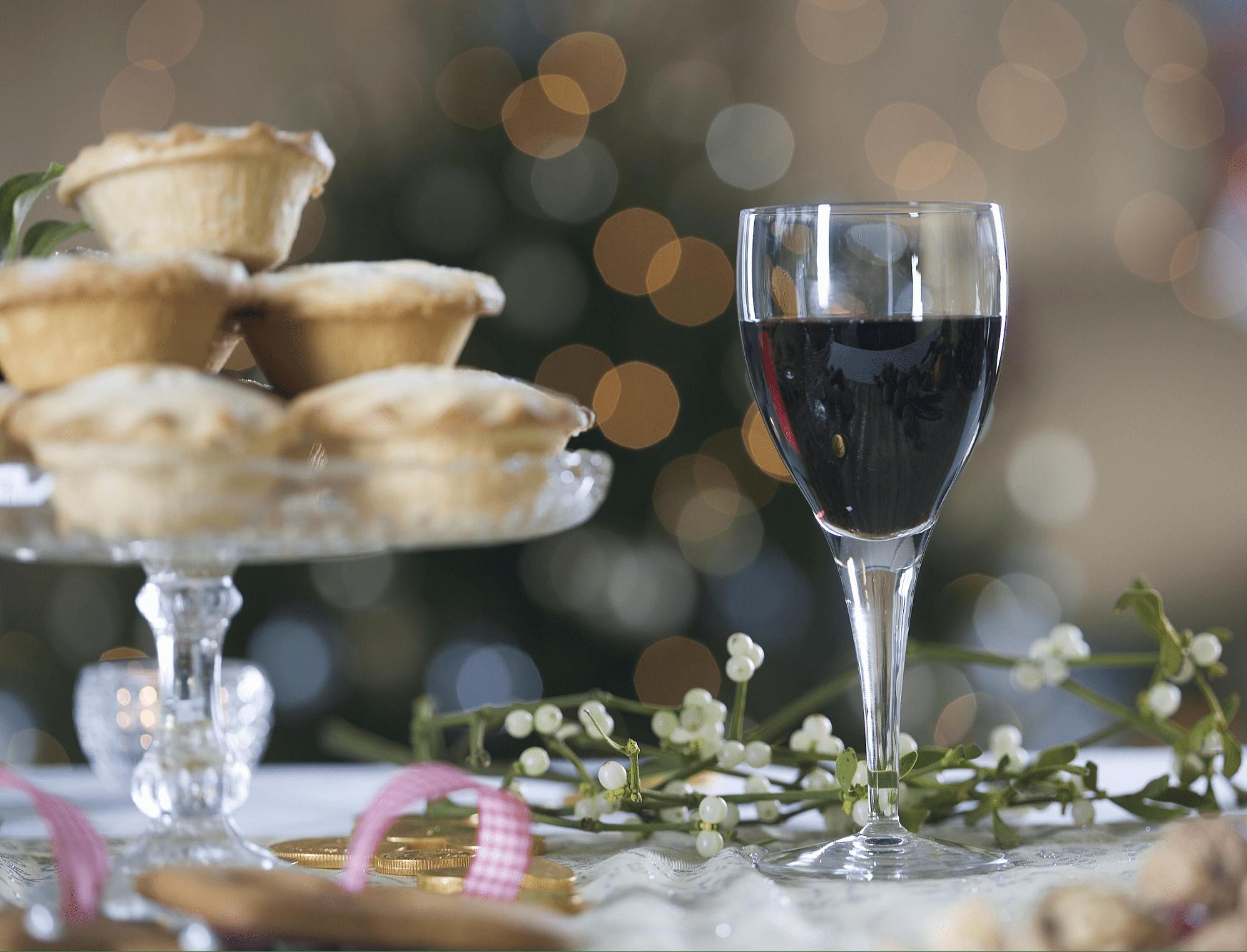 Wine and dessert - festive Christmas food pairing