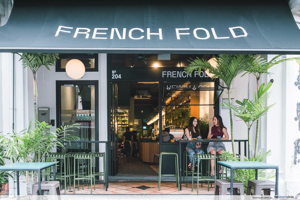 Al Fresco Dining at French Fold