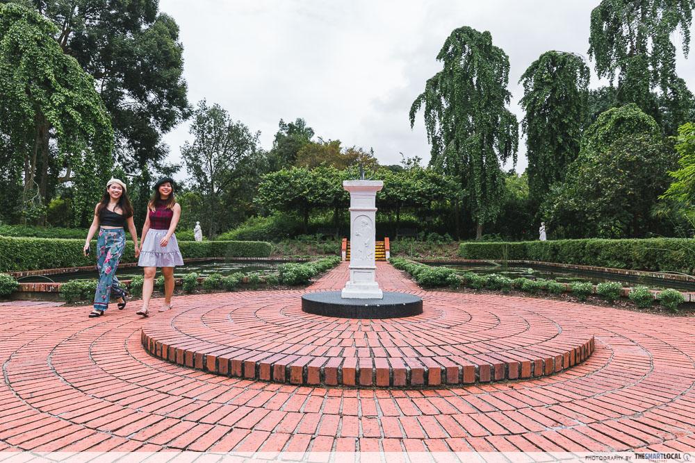 Sundial Garden at Botanic Gardens - France in Singapore