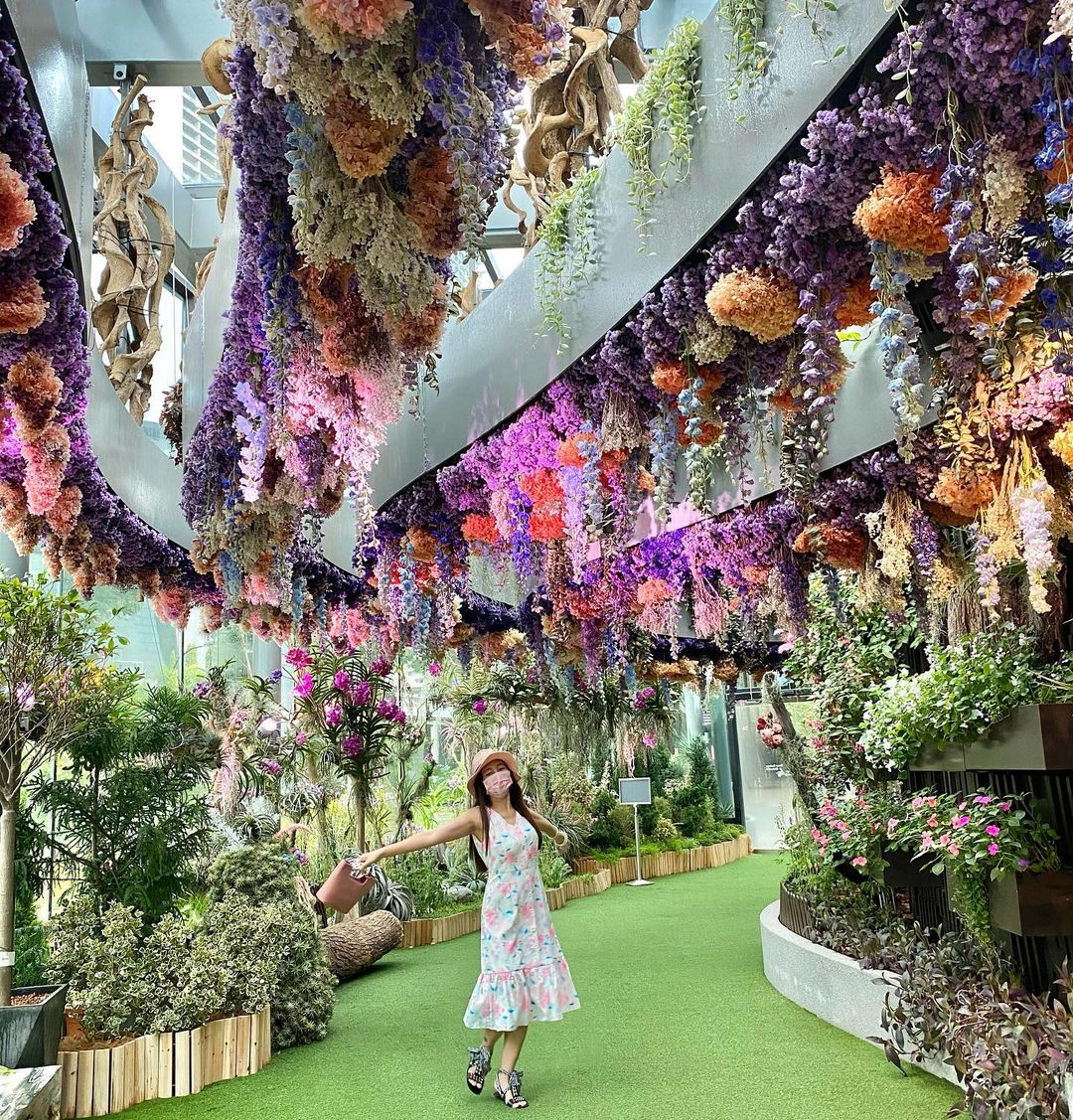 Floral Fantasy, Gardens by the Bay