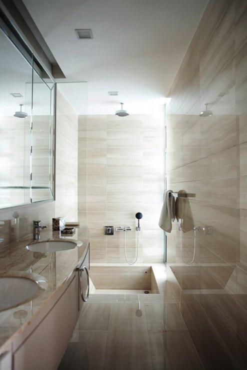 HDB Toilet Renovation Tips - Glossy walls