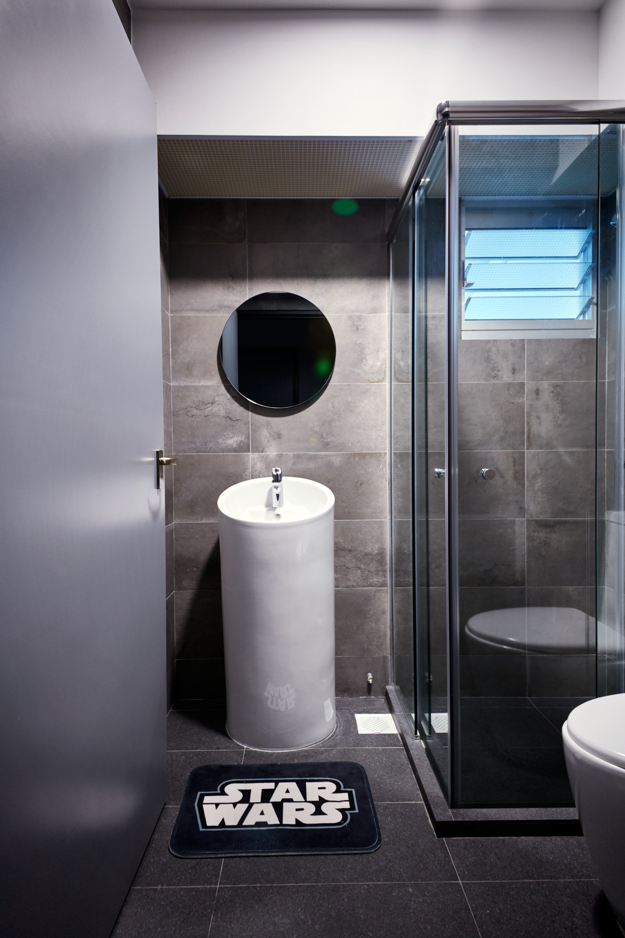 compact basin in toilet