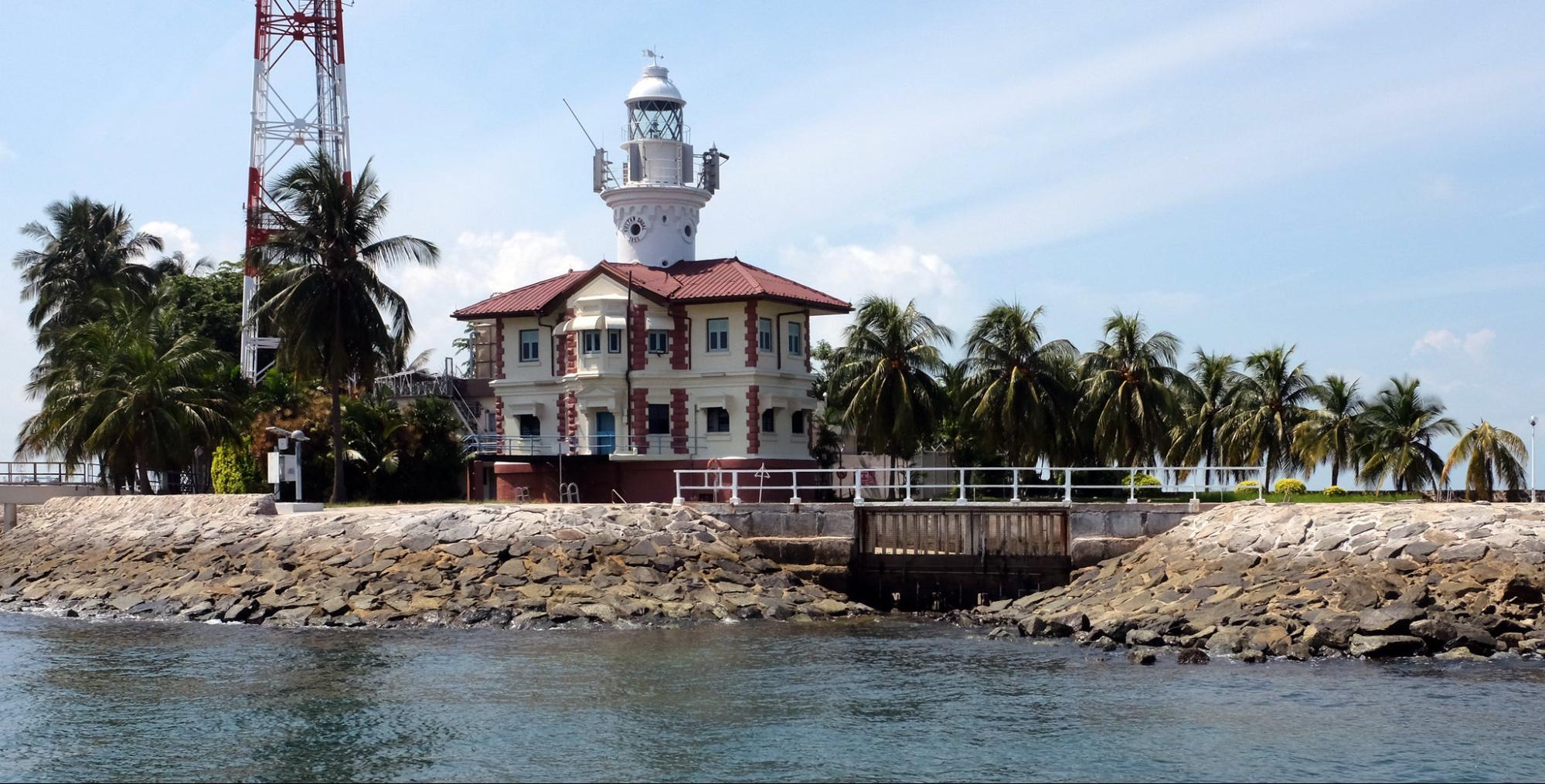 sultan shoal lighthouse