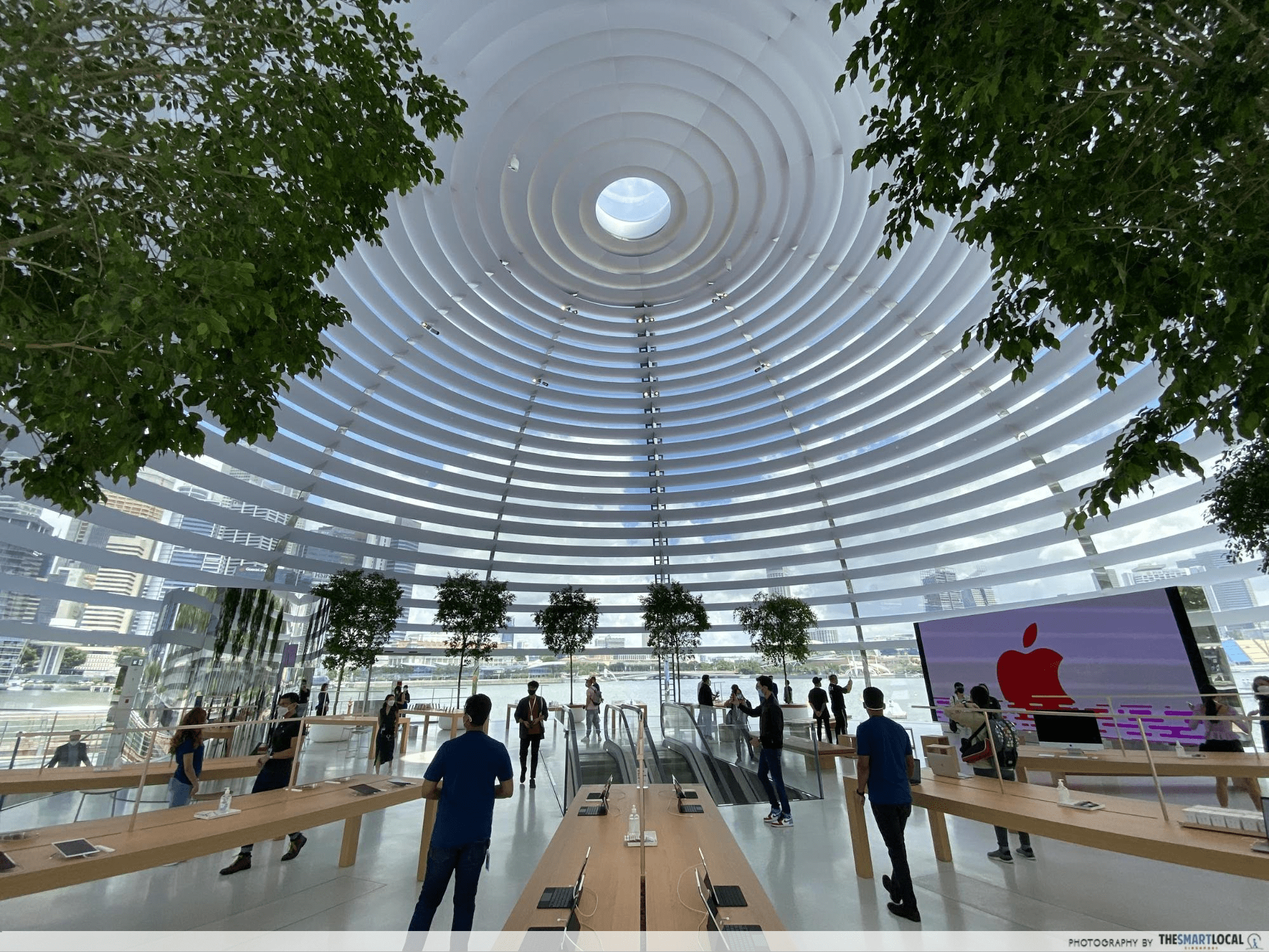Apple Store at MBS
