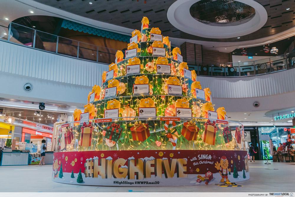 Waterway Point Christmas - Singa the Lion Themed Tree