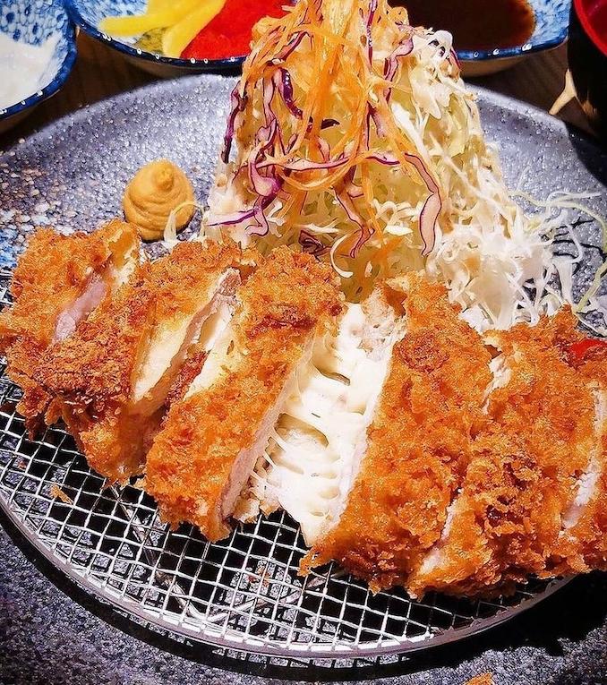 new cafes restaurants january 2021 - onkei tonkatsu cheesy