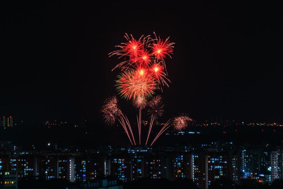 new year's eve fireworks singapore - bukit batok